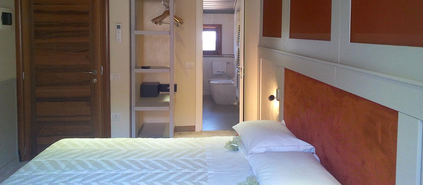 slide_room_5
